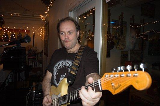 guitar-face